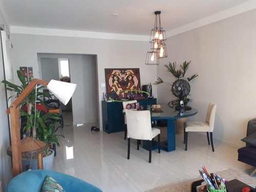 Apartamento, código 62910488 em Santos, bairro Ponta da Praia