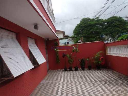 Apartamento, código 62815323 em Santos, bairro Macuco