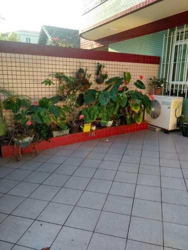 Casa, código 62397223 em Santos, bairro Embaré