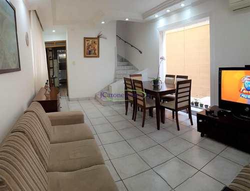 Casa, código 62255905 em Santos, bairro Marapé