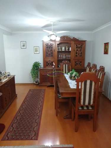 Apartamento, código 64152237 em Santos, bairro Boqueirão