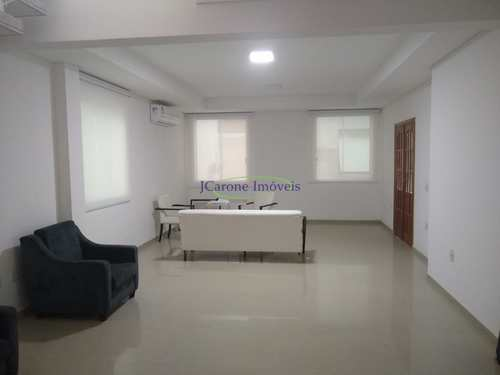 Casa, código 64152486 em Santos, bairro Embaré
