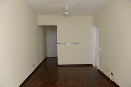 Apartamento, código 64152652 em Santos, bairro Boqueirão