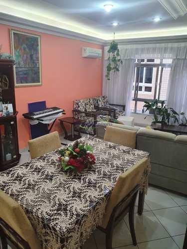 Apartamento, código 64152658 em Santos, bairro Embaré