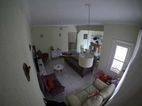 Casa, código 64152904 em Santos, bairro Boqueirão
