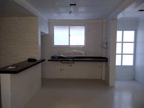 Casa, código 64152917 em Santos, bairro Embaré
