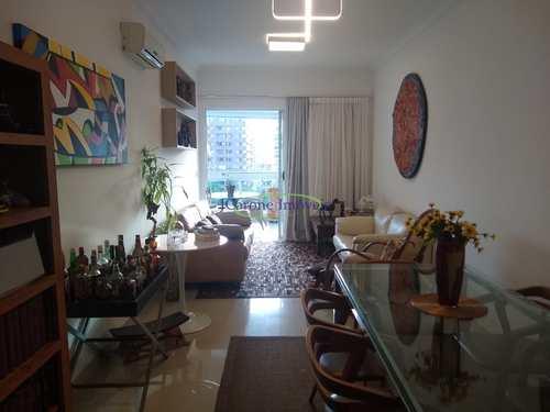 Apartamento, código 64152923 em Santos, bairro Boqueirão