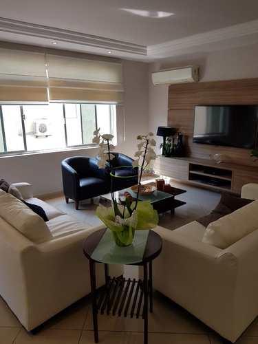 Apartamento, código 64153125 em Santos, bairro Boqueirão