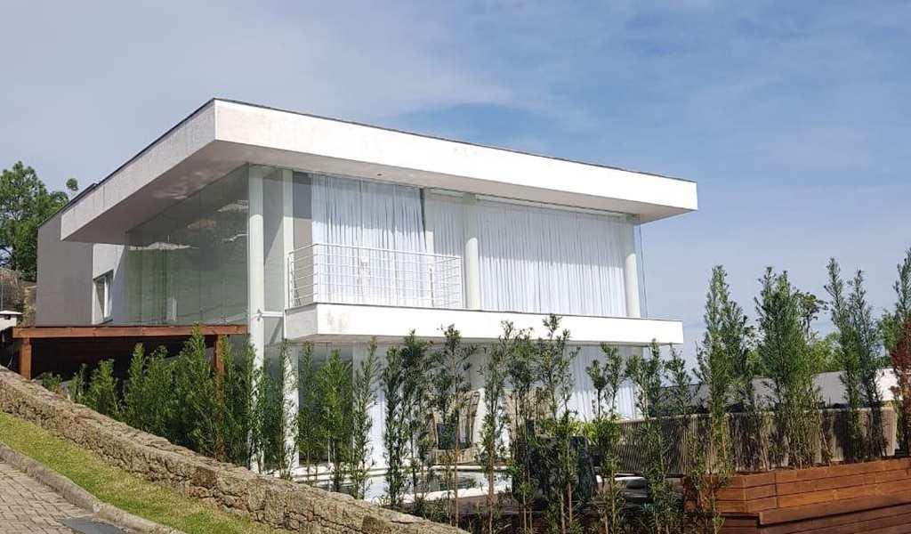 Casa em Florianópolis, bairro Cacupé
