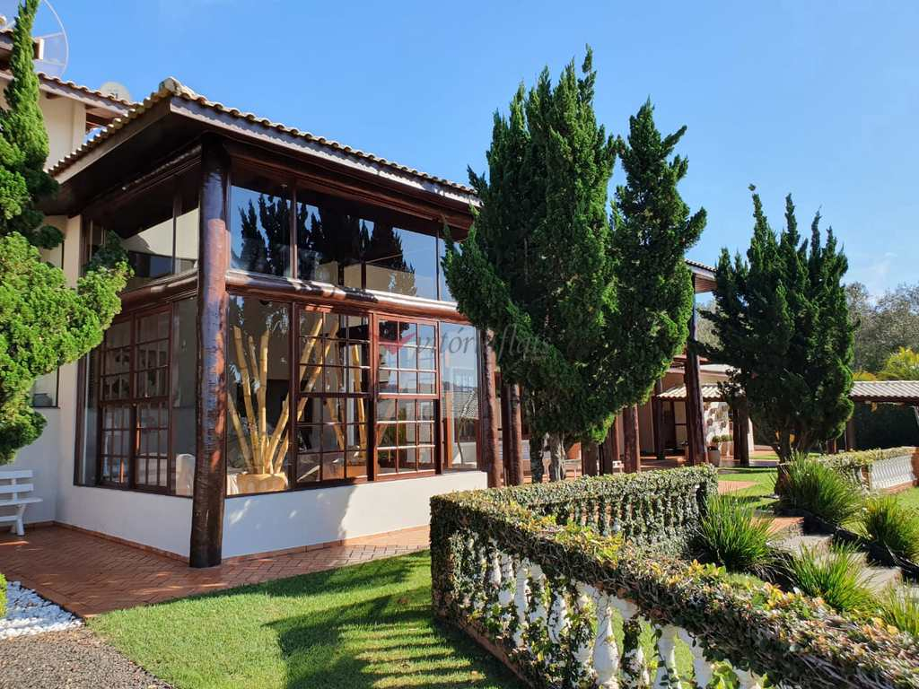 Casa em Arandu, no bairro Represa de Jurumirim