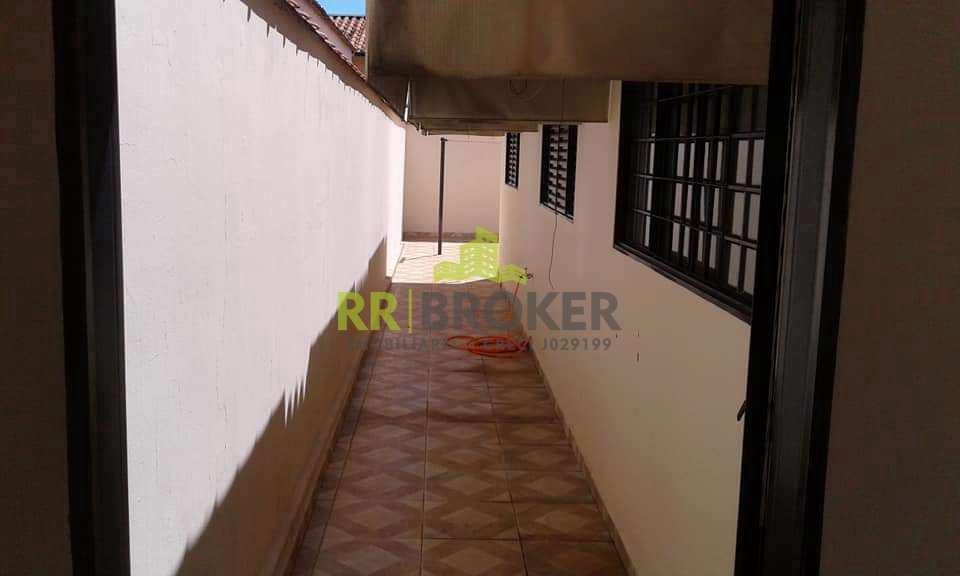 Casa em Catanduva, no bairro Parque Iracema