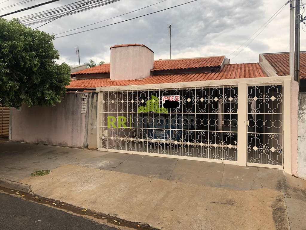 Casa em Catanduva, no bairro Jardim Residencial Diolfen Martani