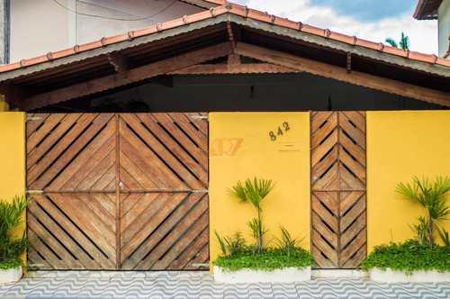 Casa, código 2756 em Praia Grande, bairro Canto do Forte