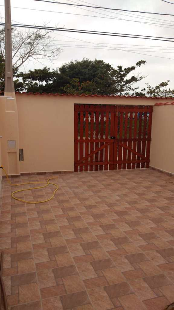 Casa em Itanhaém, no bairro Balneário Nova Itanhaém