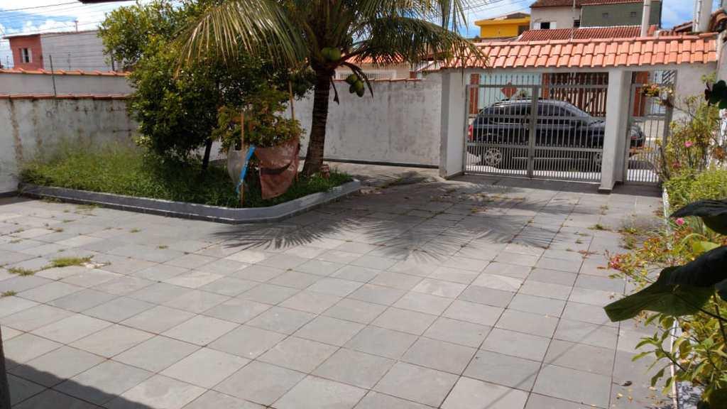 Casa em Itanhaém, no bairro Jardim Corumbá