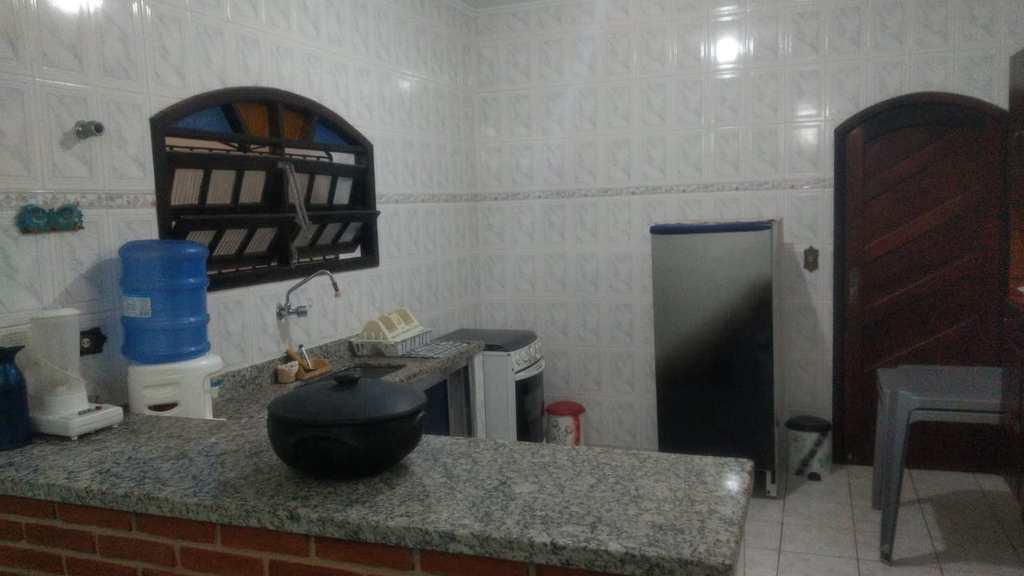 Sobrado em Itanhaém, no bairro Balneário Nova Itanhaém