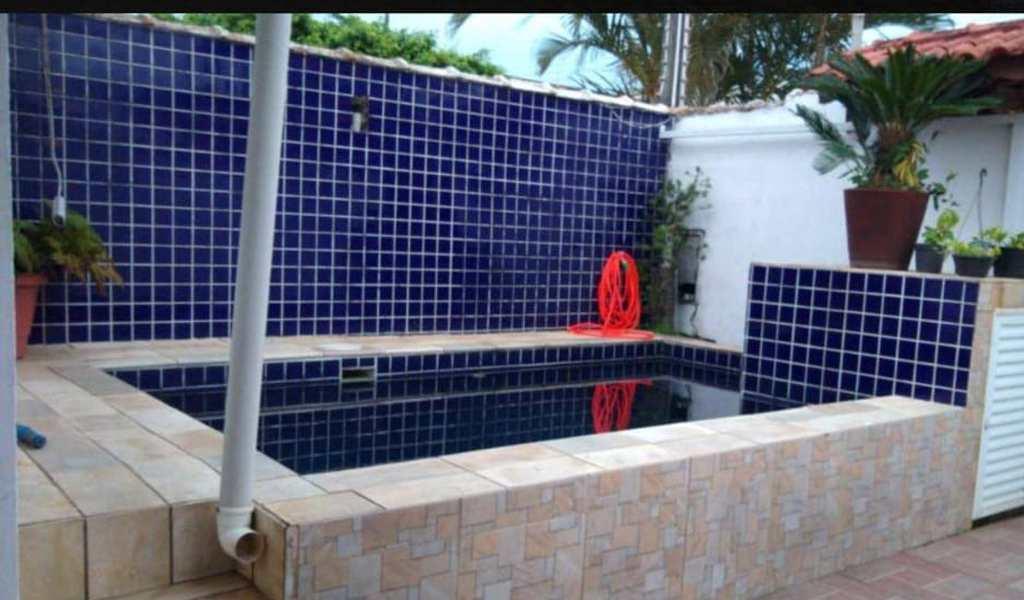 Casa em Itanhaém, bairro Centro