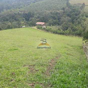 Sítio em Laurentino, bairro Serra Laurentino