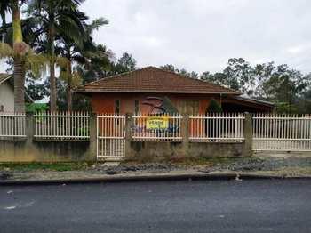Casa, código 749 em Pouso Redondo, bairro Aterrado