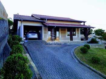 Casa, código 677 em Laurentino, bairro Centro