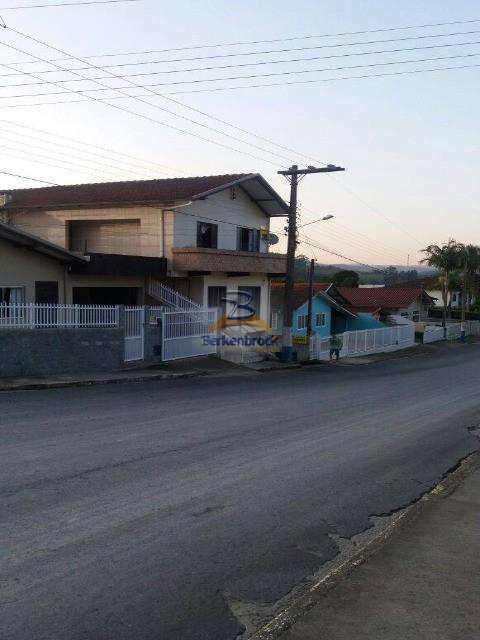 Apartamento em Salete, no bairro Centro