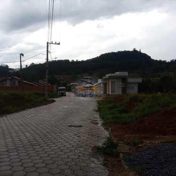 Casa em Laurentino, bairro Centro