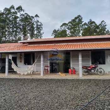 Chácara em Agronômica, bairro Alto Mosquitinho