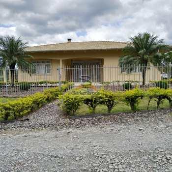 Casa em Trombudo Central, bairro Pouso da Caixa