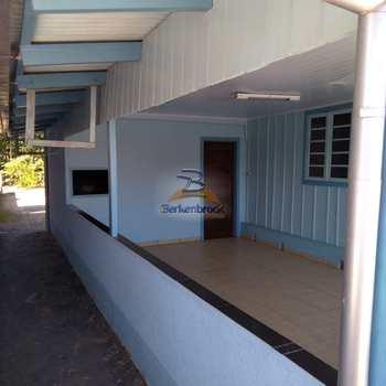 Casa em Agrolândia, bairro Centro