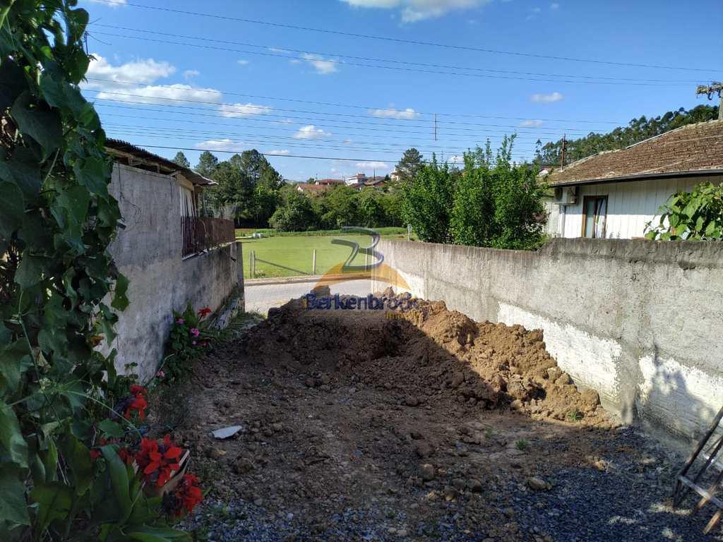 Terreno em Trombudo Central, no bairro Vila Nova