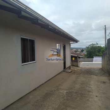 Casa em Pouso Redondo, bairro Planalto