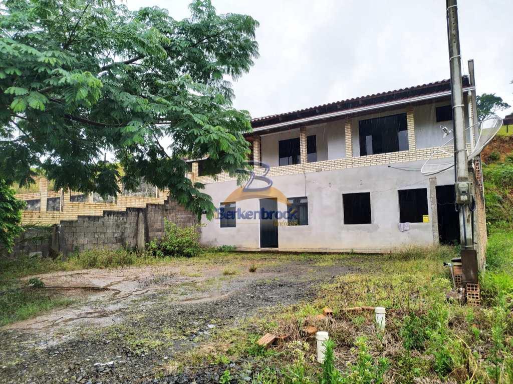 Casa em Trombudo Central, no bairro Satão