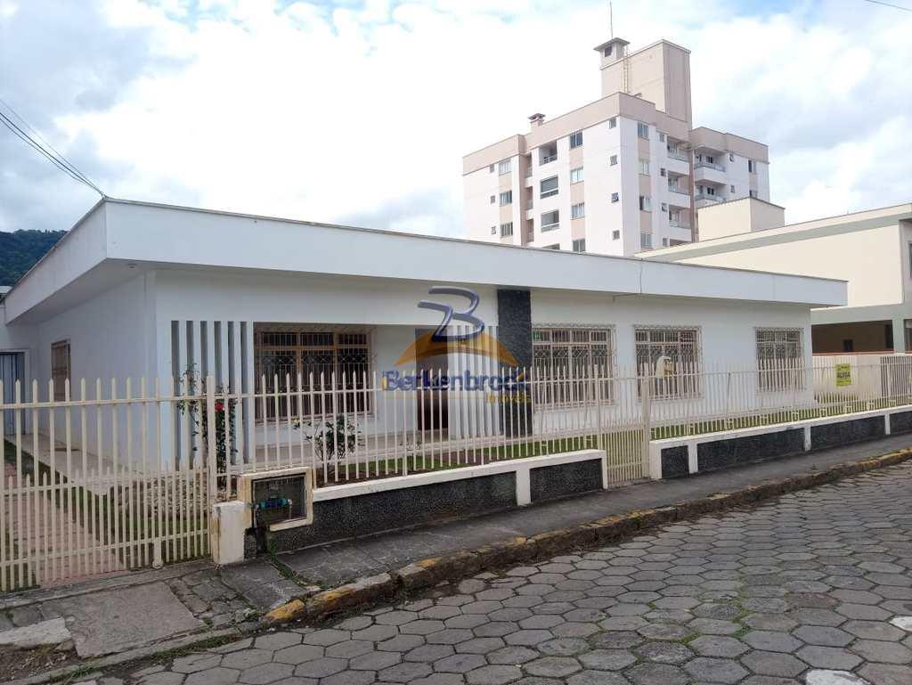 Casa em Rio do Sul, no bairro Jardim América