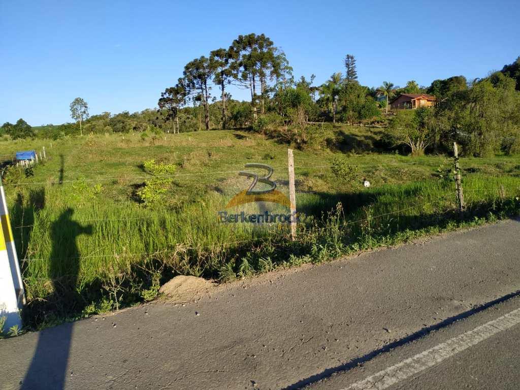 Terreno em Braço do Trombudo, no bairro Km 15