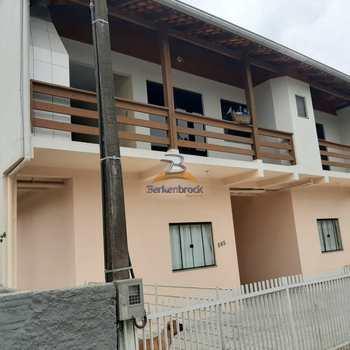 Casa em Rio do Sul, bairro Canoas
