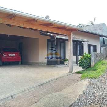 Casa em Laurentino, bairro Caçador