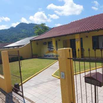 Casa em Rio do Sul, bairro Taboão