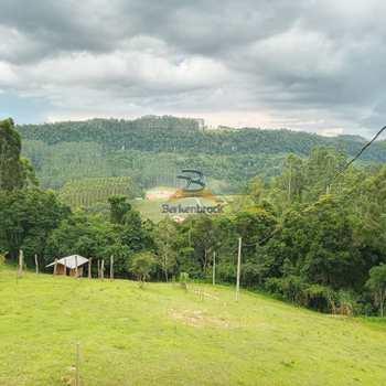 Sítio em Laurentino, bairro Vila Nova