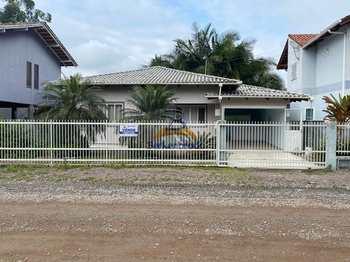 Casa, código 9876 em Laurentino, bairro Centro