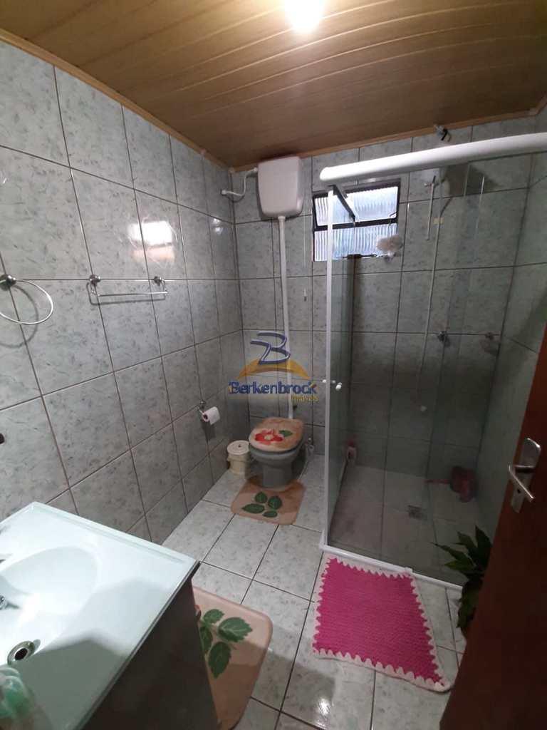 Casa em Laurentino, no bairro Fruteira