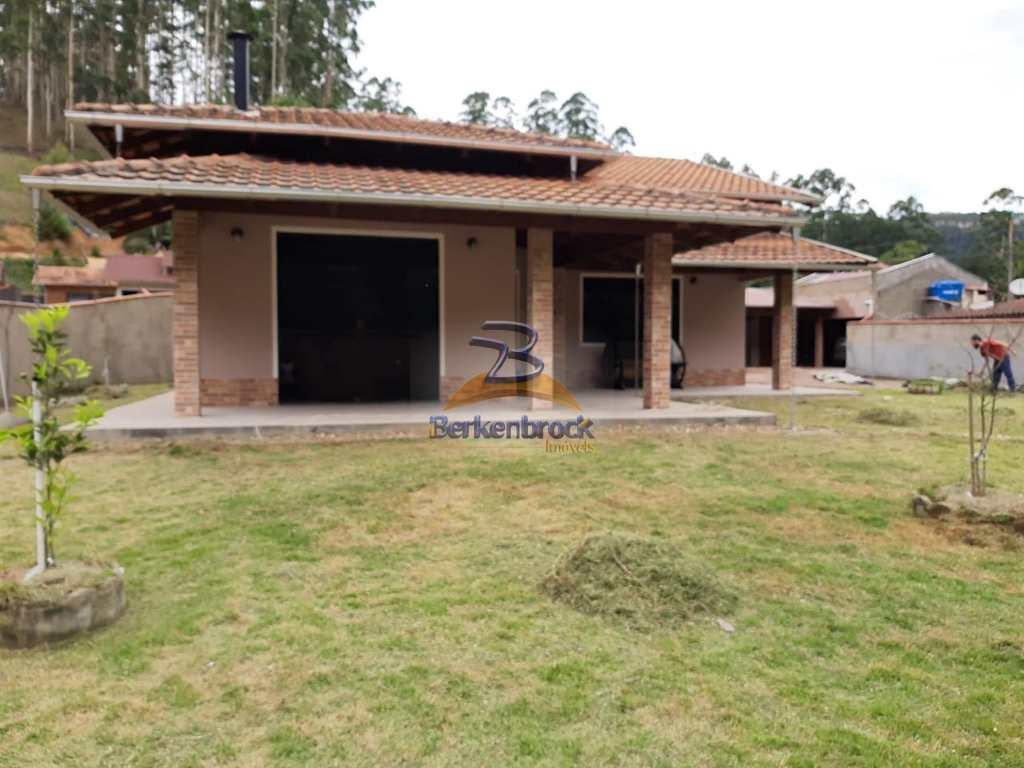 Casa em Laurentino, no bairro Vila Nova