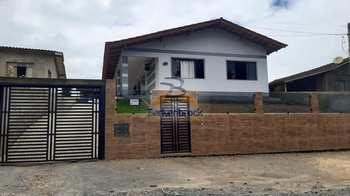 Casa, código 9944 em Pouso Redondo, bairro Aterrado