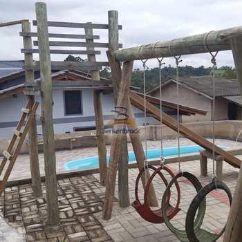 Casa em Pouso Redondo, bairro Aterrado