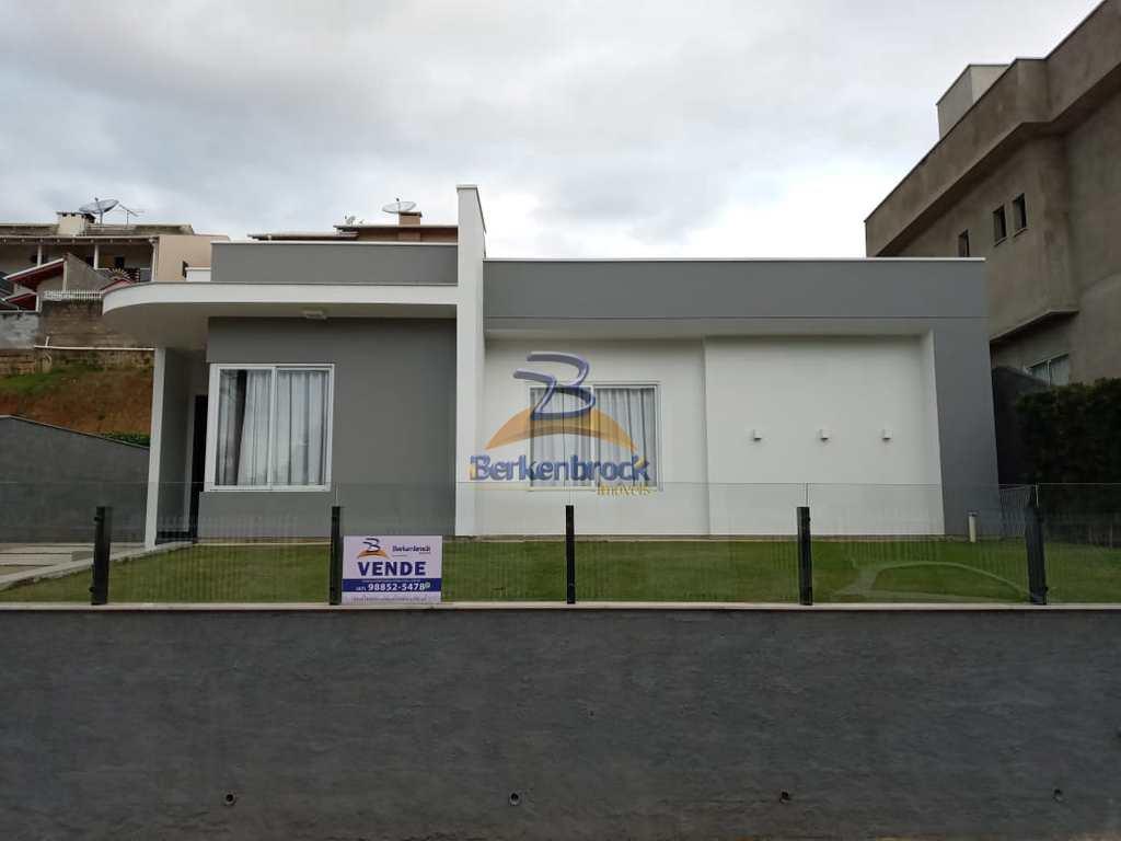 Casa em Laurentino, no bairro Centro