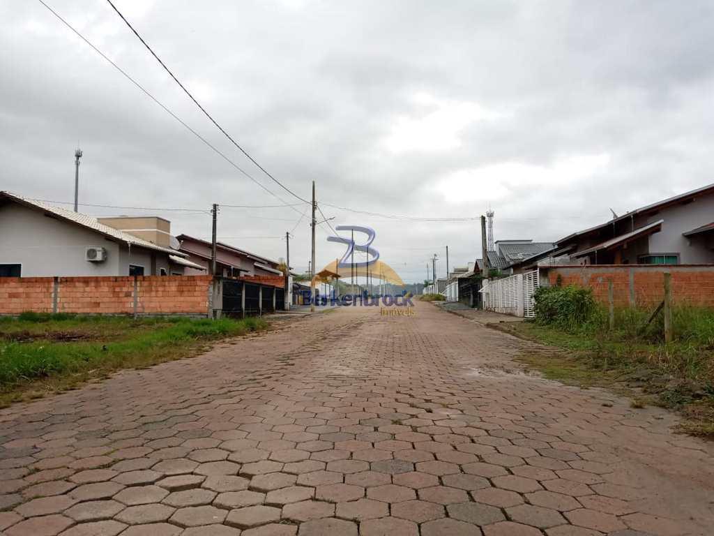Terreno em Laurentino, no bairro Centro