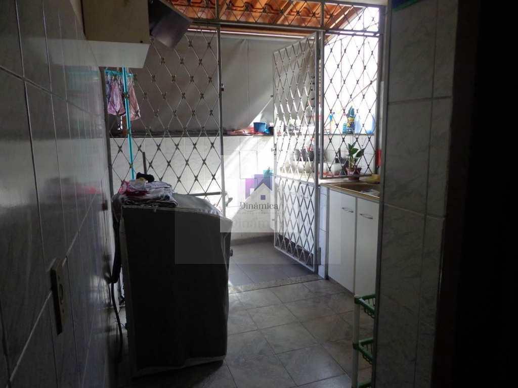 Apartamento em Contagem, no bairro Eldorado