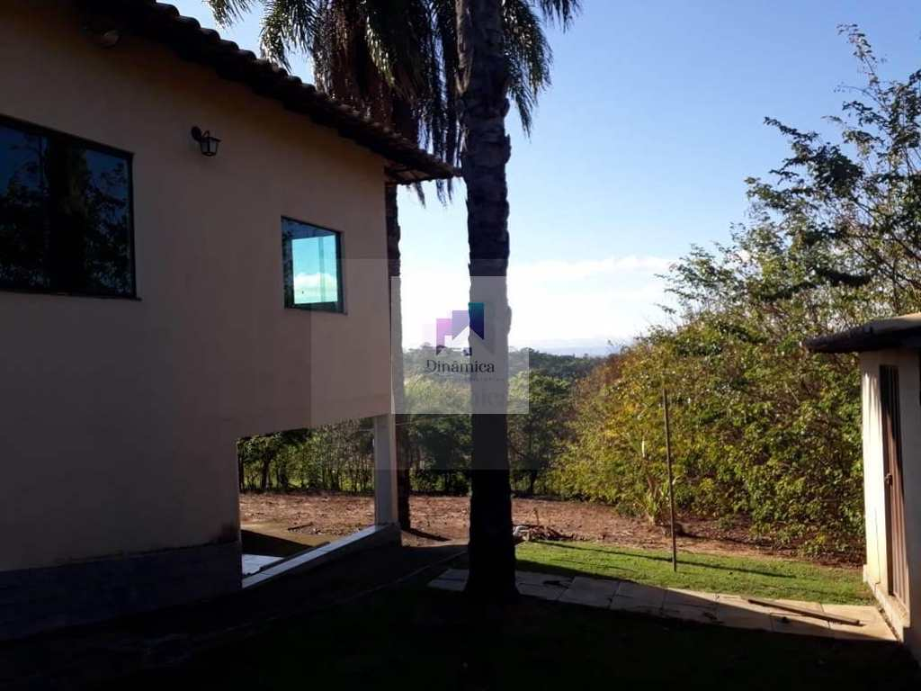 Casa de Condomínio em Betim, no bairro Vila das Flores