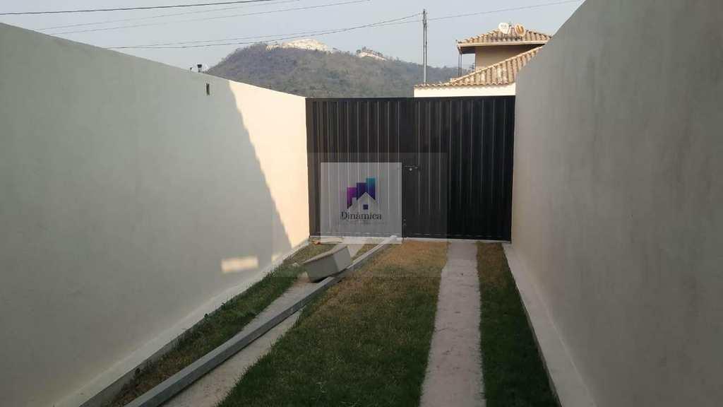 Casa em Betim, no bairro Vila Verde