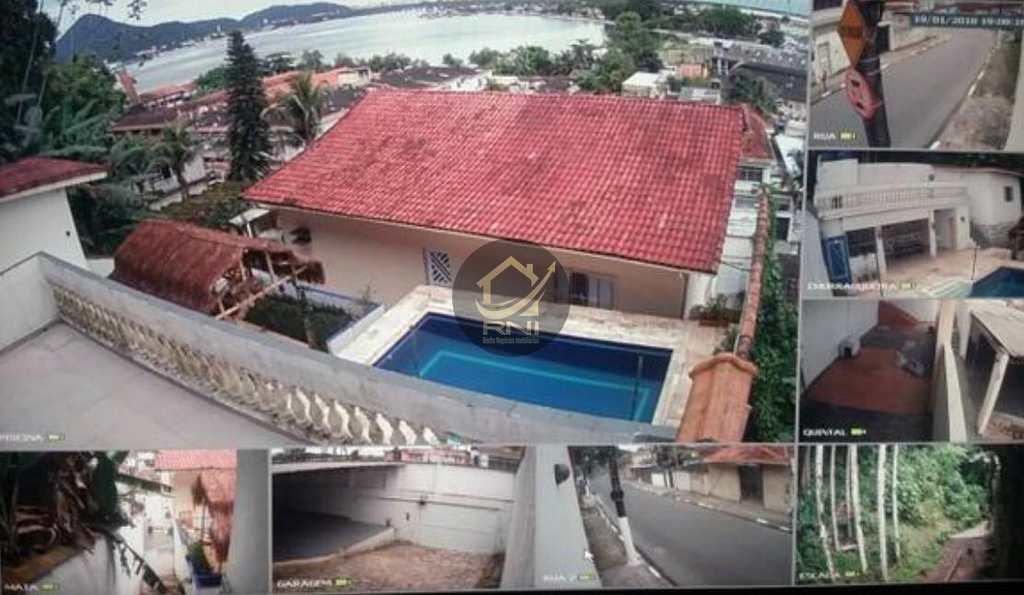 Casa em São Vicente, no bairro Morro dos Barbosas