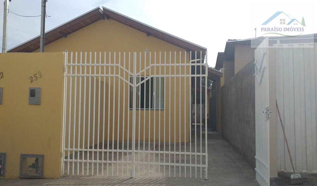 Casa em Paraisópolis, bairro Jardim Aeroporto